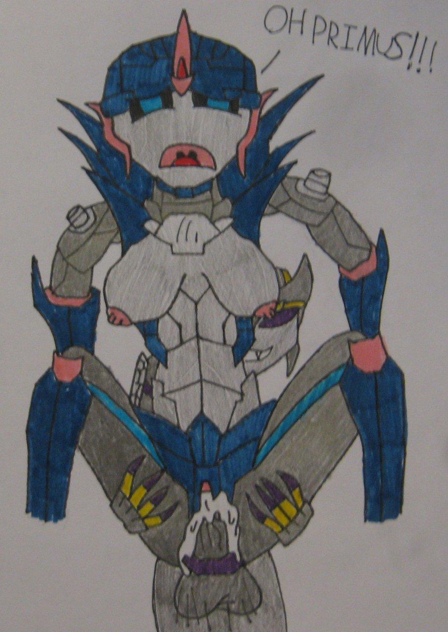 transformers prime bumblebee arcee and Shinmai maou no testament kurumi